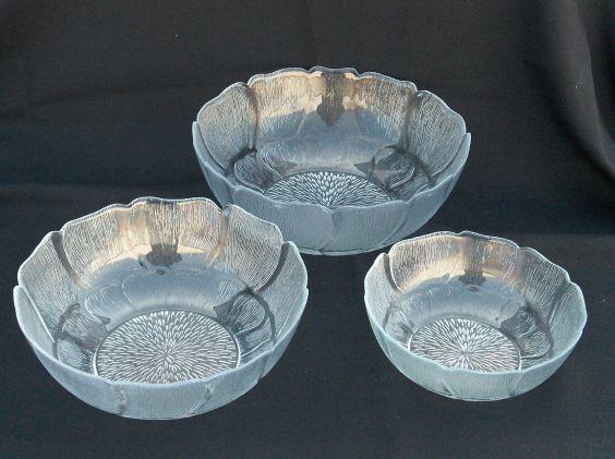 Serving Bowls - Fleur Glass Image