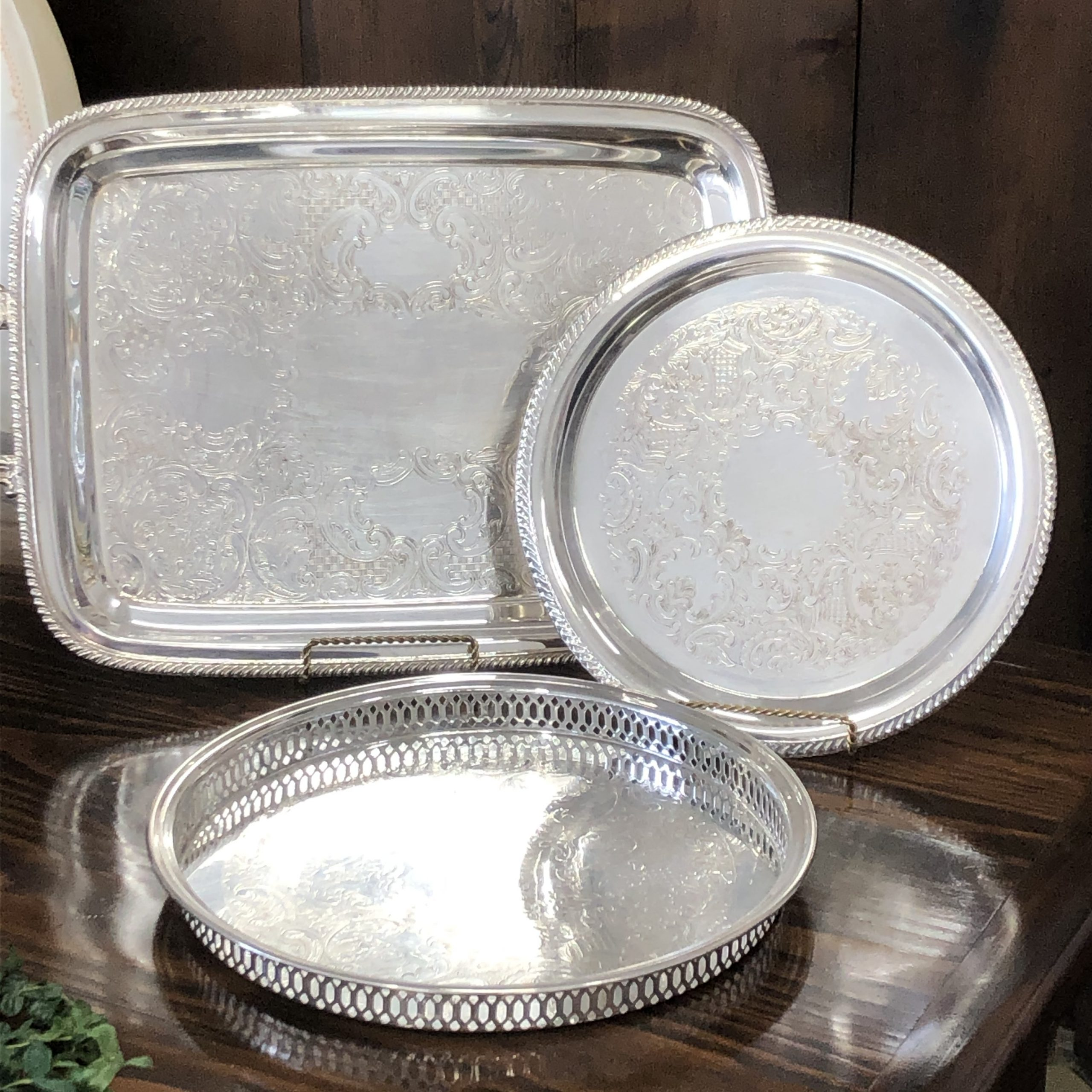 Silver Trays Image